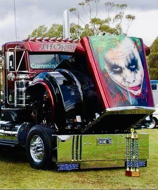 Custom Semi Truck With Images Kenworth Trucks Big Trucks Trucks
