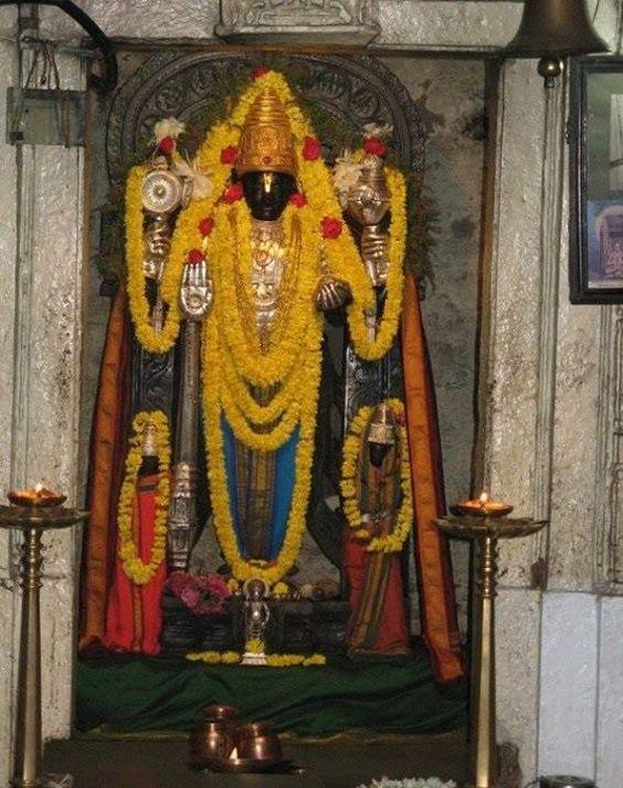 Veeranarayana idol at Gadag Veeranarayana Temple  || Om Namo Narayana || - TemplePurohit.com - http://ift.tt/1HQJd81