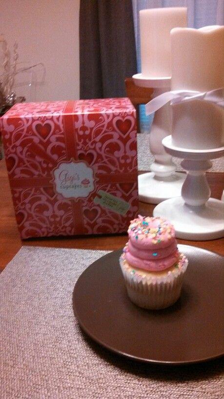 Gigi birthday cupcake