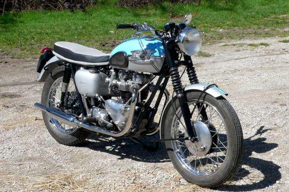 Vintage Triumph Motorcycles | Triumph T120R 1961