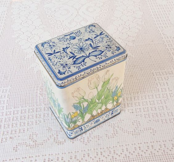 Vintage Hallmark Tulips and Blue Onion Print Metal Tin - Vintage, Shabby Chic, Farmhouse Decor, Country, Card Tin, Baked Goods, Collectable. $9.95, via Etsy.