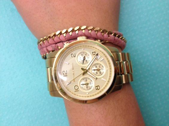 Gold link chain bracelet!