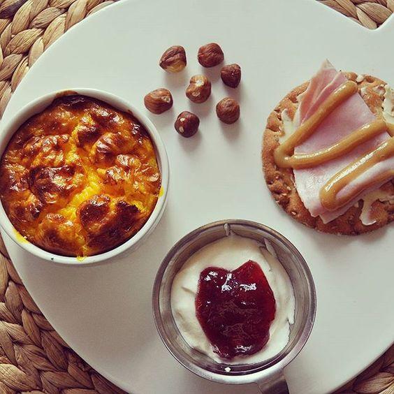 Lyxade till det imorse med gotländsk saffranspannkaka  recept kommer imorgon, för nu blir det jobb!  #frukost #breakfast #saffranspannkaka