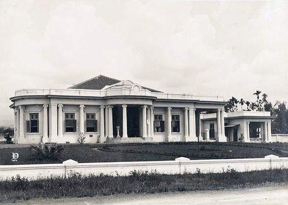 Rumah Van De Bos Di Riouwstraat Jalan Riau Bandung 1920 Indonesia Belanda Arsitektur Kolonial