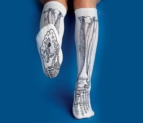 Wear these to anatomy class...awesome way to cheat. I really need to start getting some better socks haha