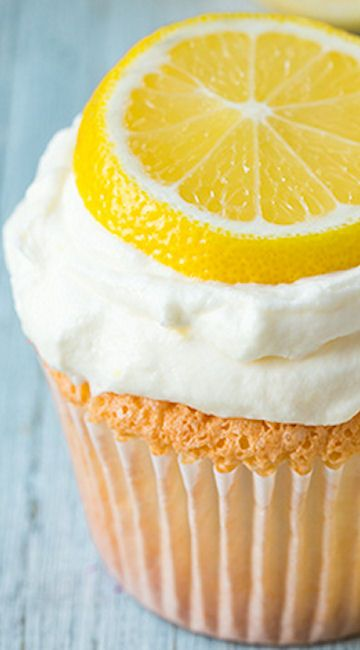 Lemon Angel Food Cupcakes Recipe ~ The texture of these cupcakes is ...