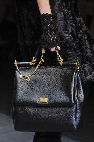 myfashionfavshows:    Dolce & Gabbana  details