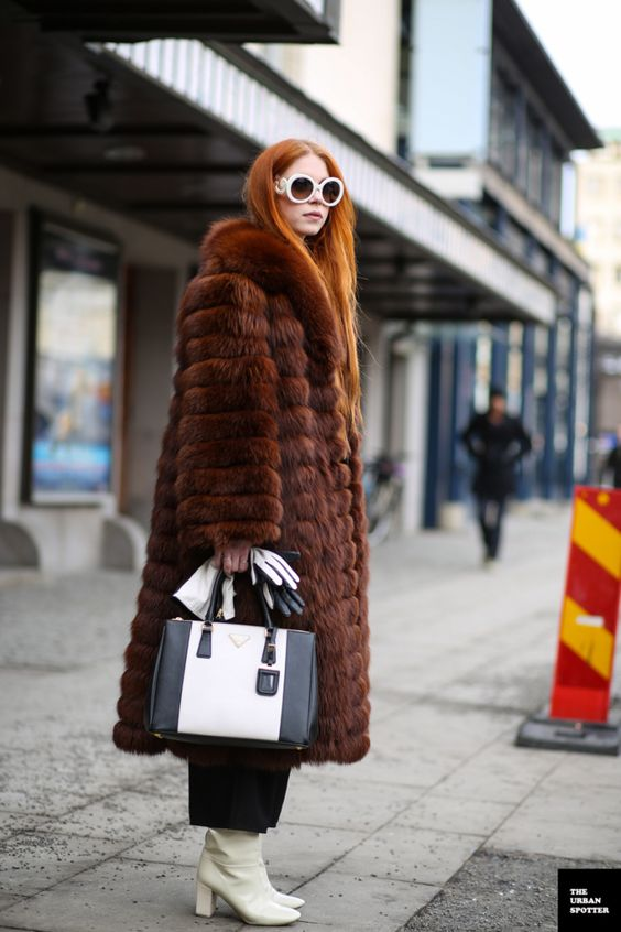street style gloves in hand