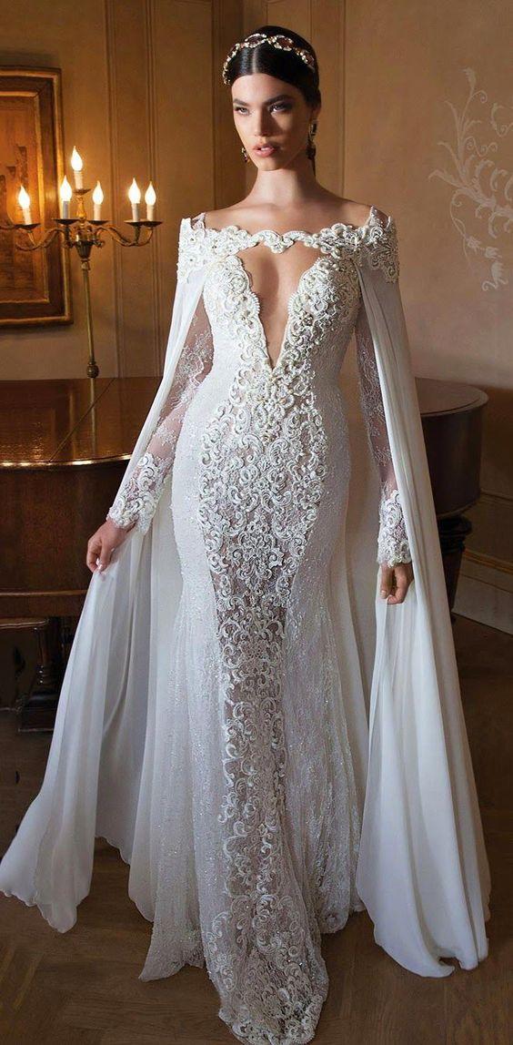 Wedding dress |  Vestido de Noiva Confira 50 Vestidos de Noiva Incríveis: http://manuluize.com/50-vestidos-de-noiva/: