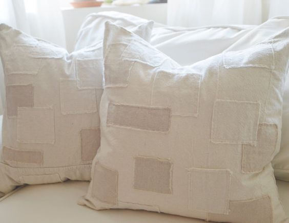 funda de almohada de estilo grano saco con por withlavenderandgrace