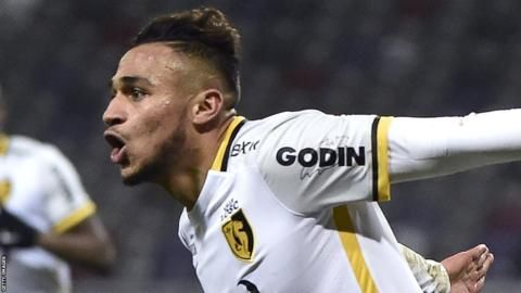 Sofiane Boufal: France-born midfielder opts to play for Morocco