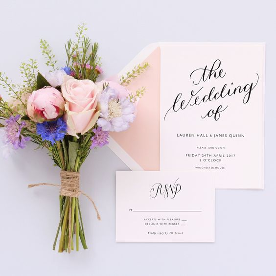 Calligraphy wedding invitations & menus by A L'aise on papier.com