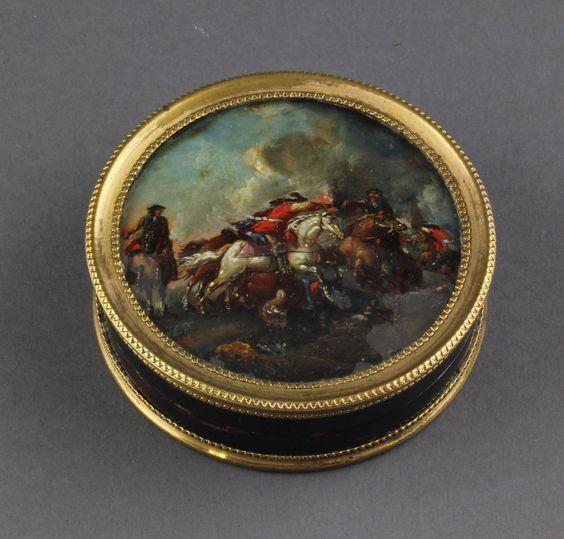 Empire Tabatiere Schnupftabakdose 1780 Horn Bronze snuff box battle scene Dose