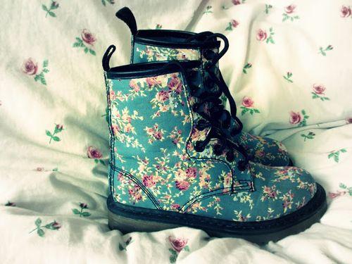 Combat Boots Flowers | Shoes | Pinterest | Shoes, Flower and Shoe ...