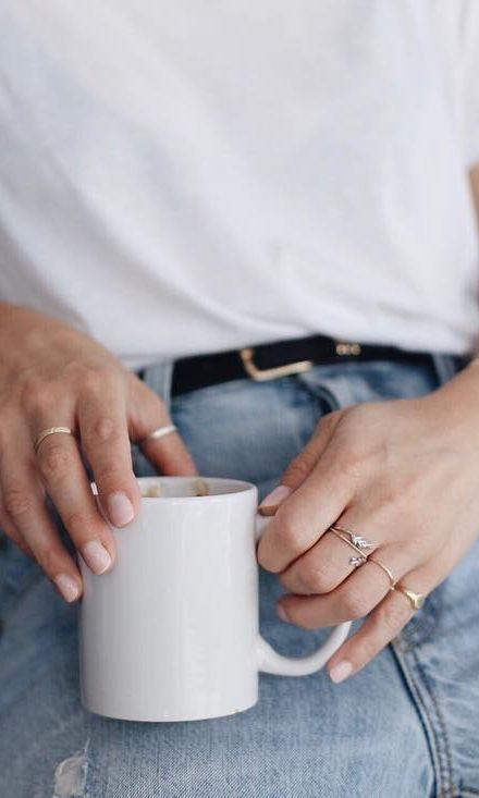 @caroline.chagnon in her Mejuri rings ✨