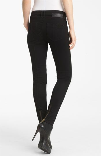 great black skinny jeans!