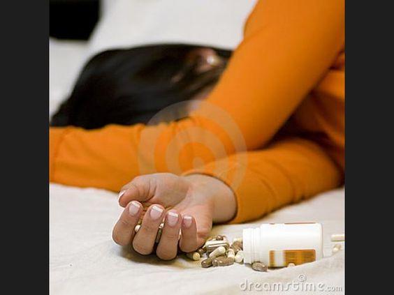 ¿Qué es menos dañino, la MARIHUANA, o las demás MEDICINAS?  http://fibromialgiadolorinvisible.blogspot.com.ar/2014/10/que-es-menos-danino-la-marihuana-o-las.html