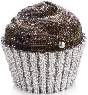 Diamond-studded cupcake #diamanten #glitzer #cupcake