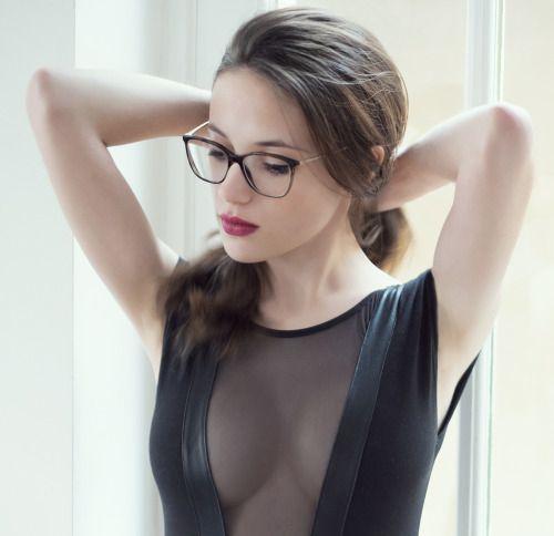 Photo sexy du 14 septembre 2015 de Bonjour Madame - Chaque jour, dites bonjour à de nombreuses femmes sexy !