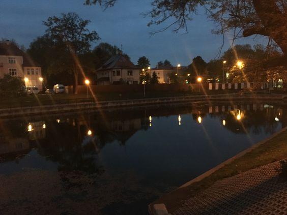 Озеро Поплавок поздним вечером, Калининград
