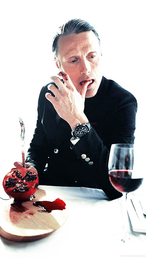Mads Mikkelsen - Hannibal