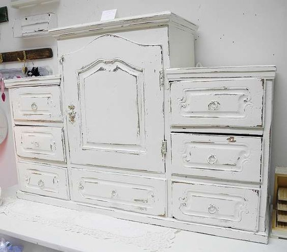 entz ckende shabby chic holzkommode vitrine schrank kasten vitrine weiss furnitur. Black Bedroom Furniture Sets. Home Design Ideas