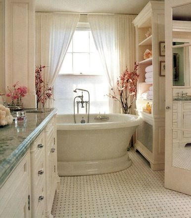 LOVE: Powder Room, Romantic Bathroom, Bathtub, Beautiful Bathroom, Bathroom Idea, White Bathroom, Pretty Bathroom, Dream Bathroom