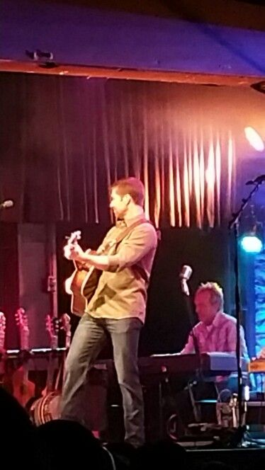 Josh Turner at  illy Bob's in Ft Worth TX on May 23, 2015.  Melissa and I went. He is the best, so much fun.