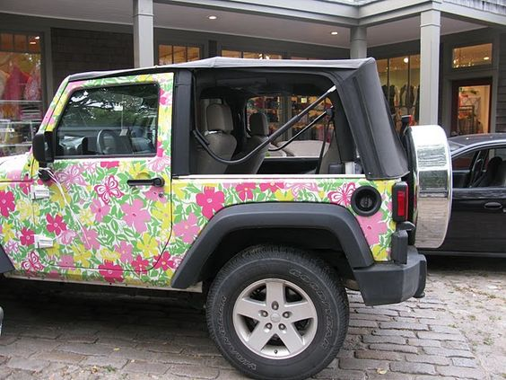 Lilly Pulitzer Jeep Wrangler = oh my goodness. Love it!