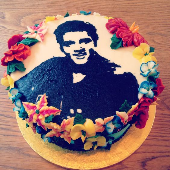 Elvis cake in 100% buttercream  by Emma Page Cakes London www.emmapagecakes.co.uk