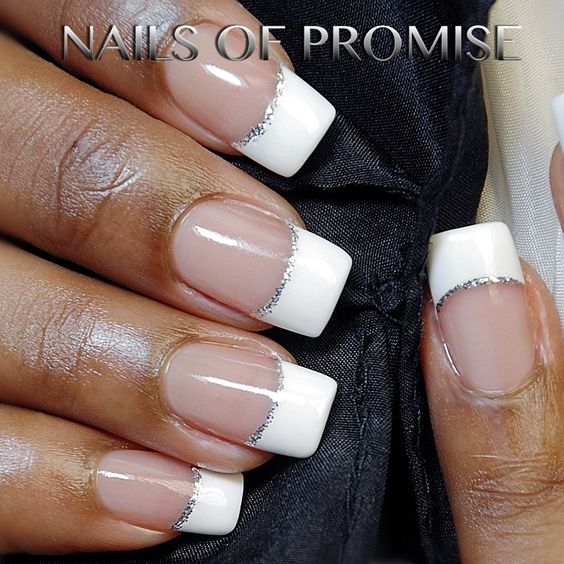 Simple but nice! Nails Of Promise gift voucher. #nailsofpromise #nailsgantshill #christmas #xmas #nailart