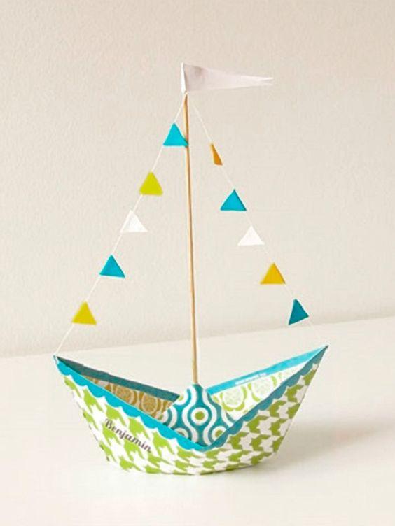 tutoriel diy faire un bateau en papier via. Black Bedroom Furniture Sets. Home Design Ideas