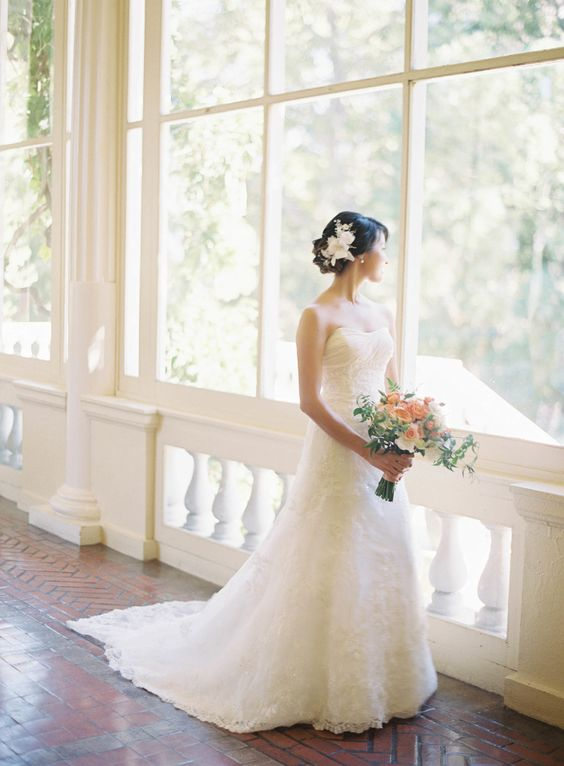 One elegant strapless wedding dress: Photography: Jen Huang Photography - jenhuangphotography.com   Read More on SMP: http://www.stylemepretty.com/2017/01/25/how-to-have-a-tuscany-inspired-wedding-in-california/