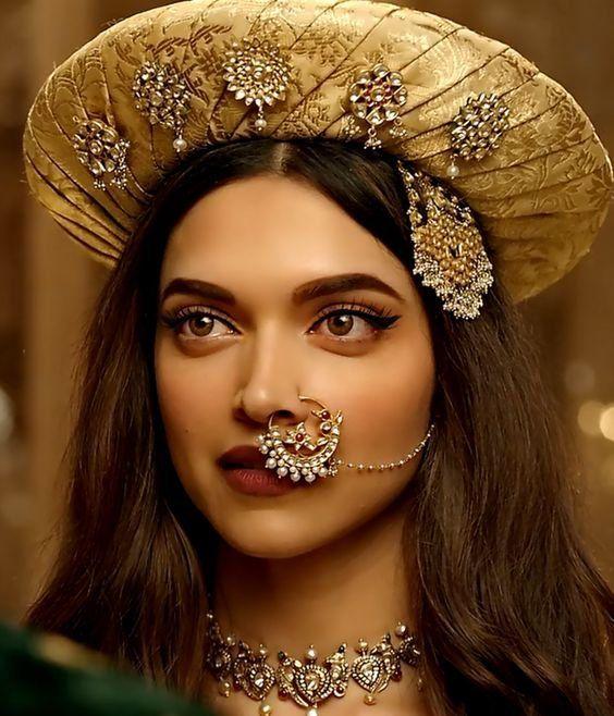 Indian Nose Ringnath Indian Jewelry Noseringdeepika Bajirao Etsy In 2021 Indian Nose Ring Deepika Padukone Deepika Padukone Style