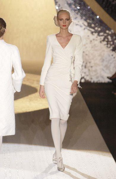 Valentino at Couture Fall 2005 - Runway Photos