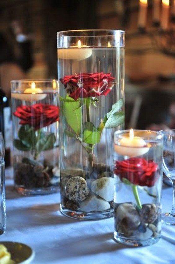 Centre De Table Roses Rouges Bougies Flottantes Mariage Table Rustique Deco Table Mariage Deco Mariage