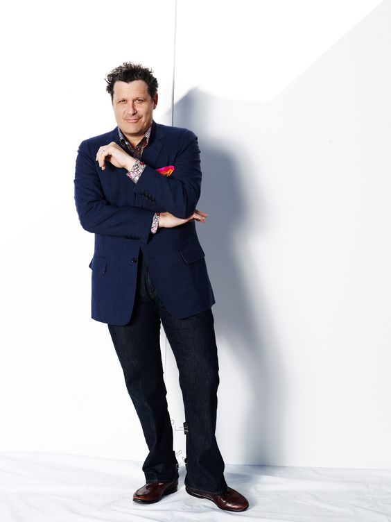 Fashion designer Isaac Mizrahi knows style when he sees it, and from the moment he saw the all-new 2013 Chevy Malibu, he felt inspired. #MalibuStyle