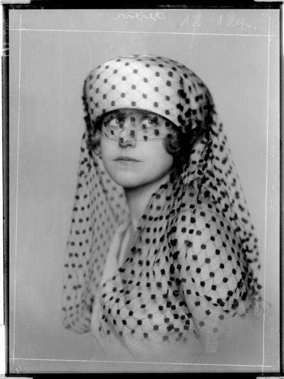 Madame D'Ora, 1919