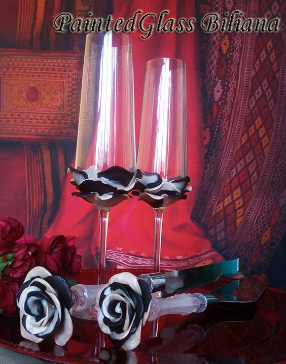 Ensemble de 2 main décorée mariage verres champagne flutes Rose blanche noire et nacrée