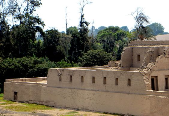 Ruinas de Pachacamac by millie coquis