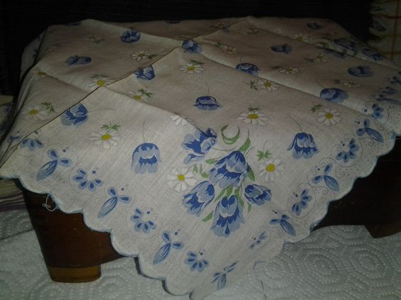 Spring has sprung with this beautiful vintage floral hanky..