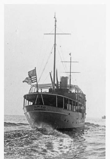 E. W. Scripps yacht, The Ohio, at sea, 1922
