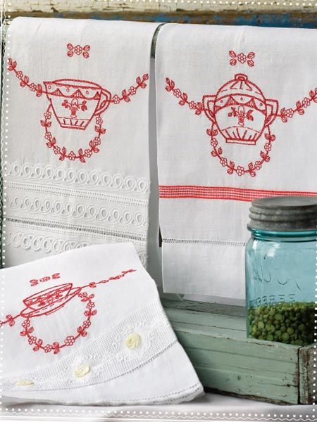 Reminds me of my mom's handiwork - I still have some of her embroidered dish towels.