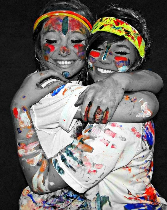I really wanna have a paint fight with my best friend!(: @bunnybuttface this summer?????