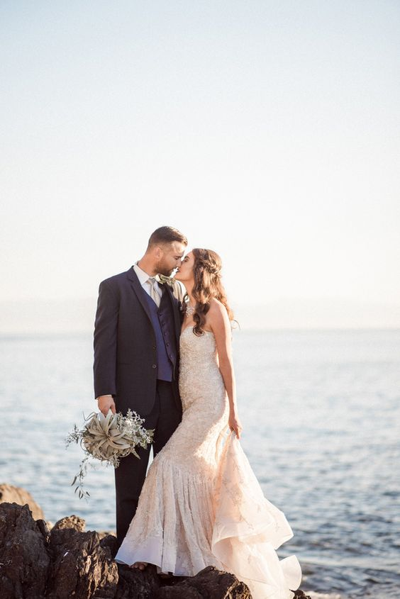 Gold and Glam Mermaid Wedding Dress for a Magic Hour Seaside Wedding Shoot | B. Jones Photography | http://heyweddinglady.com/summer-seaside-wedding-ideas/