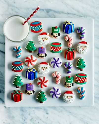 Q52QV Dylan's Candy Bar Petite Christmas Cookies
