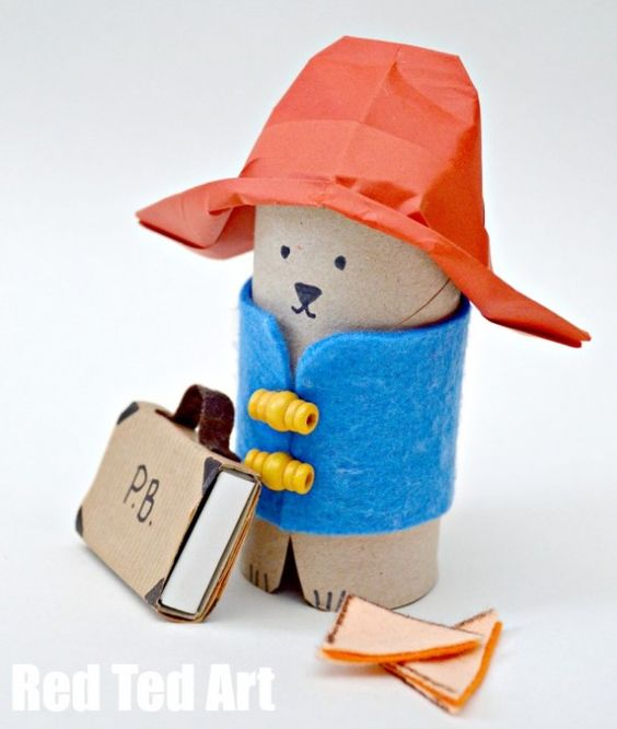 Toilet paper Roll Paddington Bear - ooh how we love TP Roll Crafts (one day we will have a whole ebook full of them for you).. in the meantime, check out our little lovable Paddington Bear. It is good to have a bear in the house!