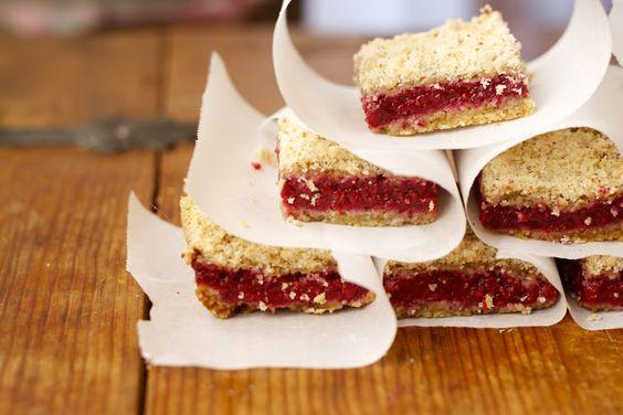 CosmoCookie: Raspberry Crumb Bars