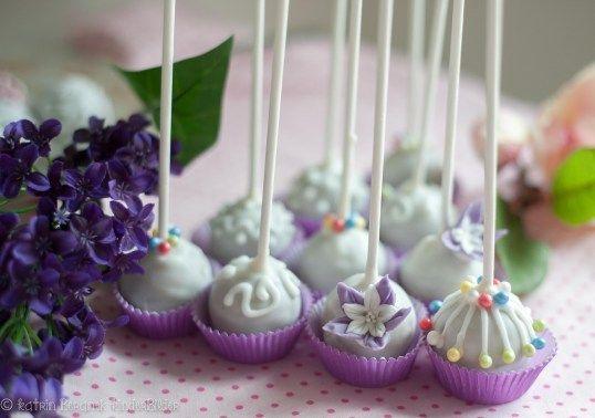 Kuchenkönigin | Cake Pop Pralinen | Süße Geschenke selbst zaubern