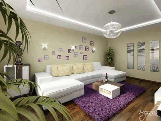 Sala blanco con morado